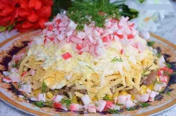Крабовый салатик рецепт с фото