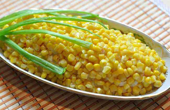 Салаты с кукурузой