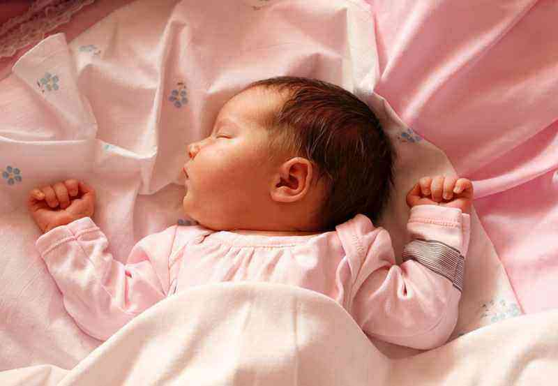 1 месяц ребенку