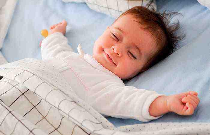 Почему ребенок не засыпает сам