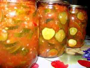 Салат из помидоров с огурцами на зиму