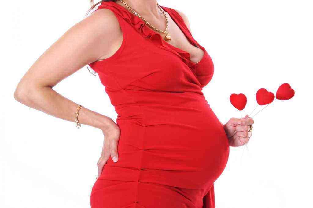 6 месяц беременности живот