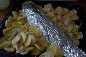 Судак с картофелем в духовке