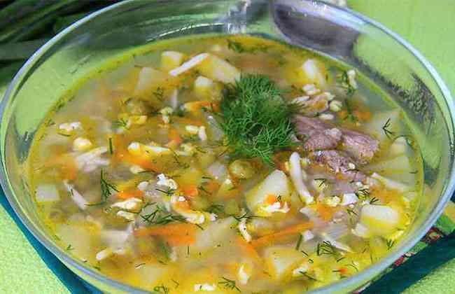 Суп с яйцом и горошком