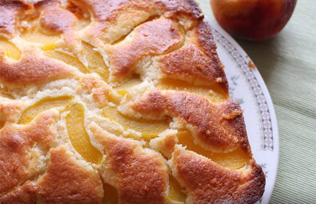 Вкусный персиковый пирог